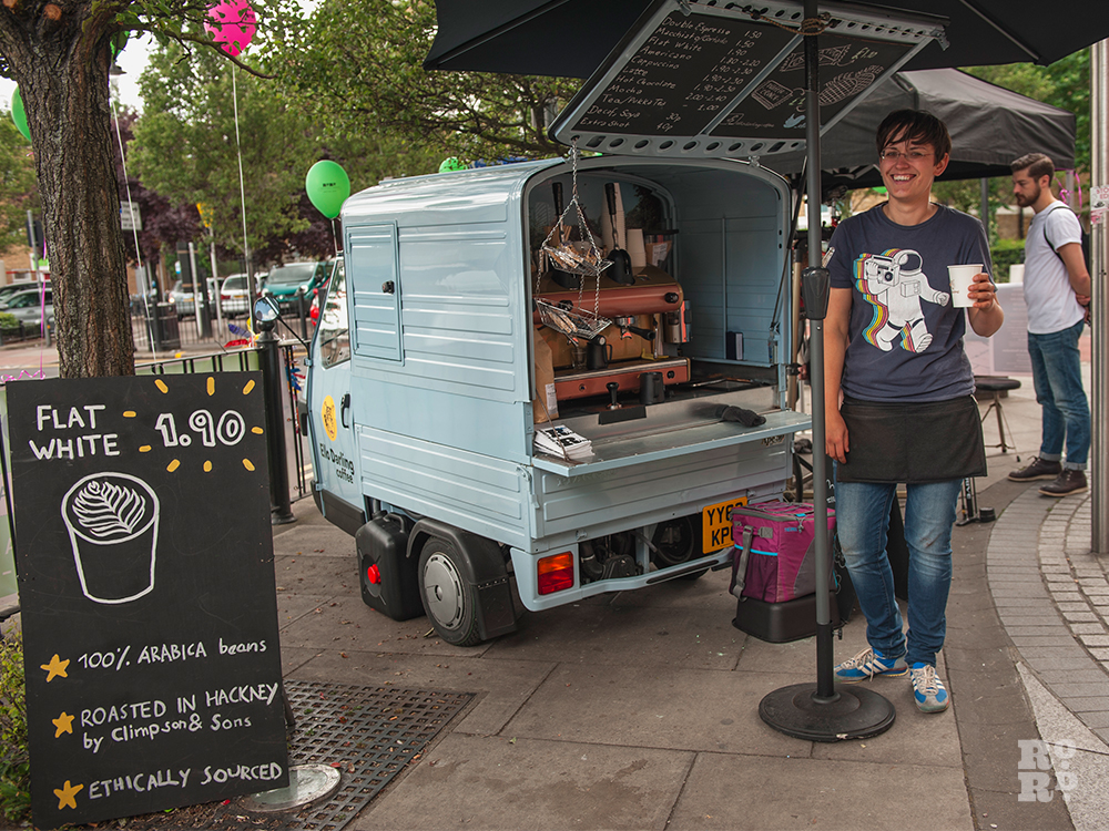 Ello Darling coffees and pastries van