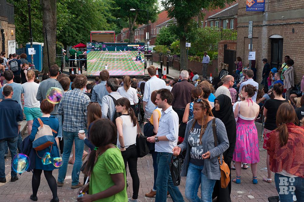 Crowds watching the Wimbledon Men's Final