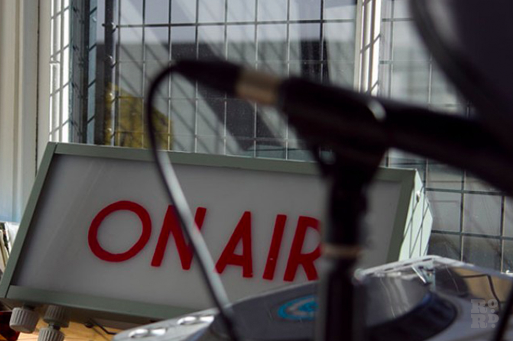 On Air light box with radio equipment