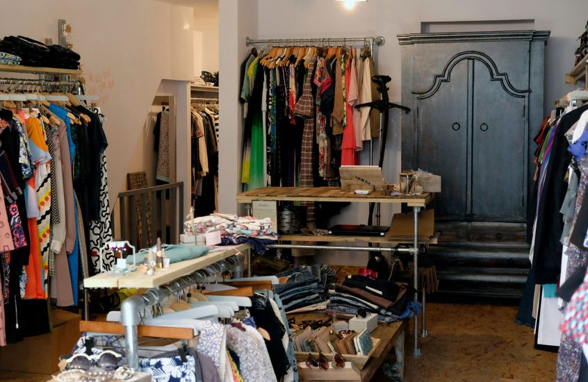 Just Star fashion outlet and haberdashery opens on Roman Road