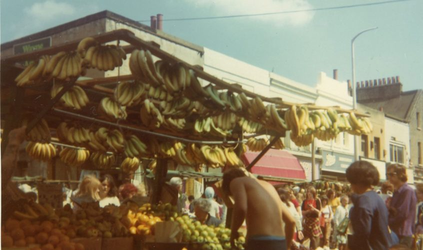 Old colour photos of Roman Road Market [GALLERY]