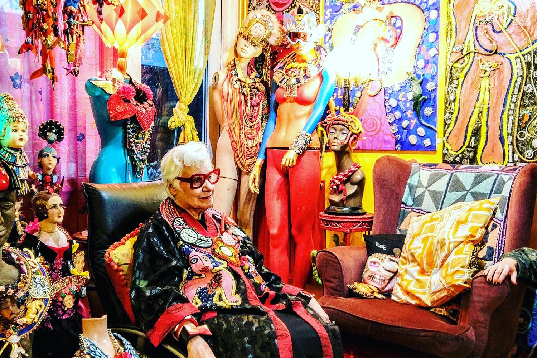 Sue Kreitzman with friend in living room