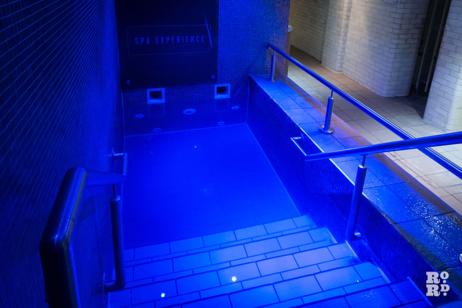 Photograph of a plunge pool at York Hall