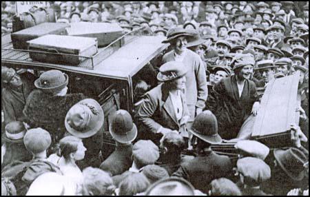 Bow Suffragette Nellie Cressall leaving prison