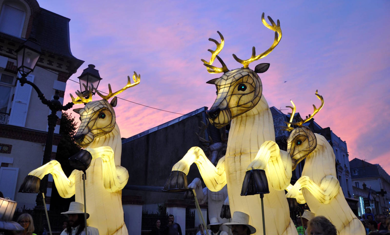 Photograph of the deer at La Parade Amoureuse