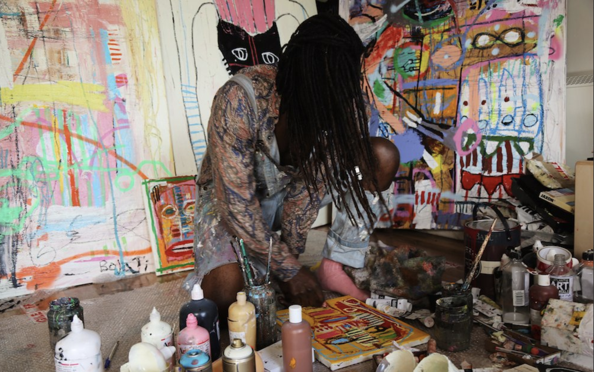 Photograph of Adébayo Bolaji, an artist at MAKEMORE festival