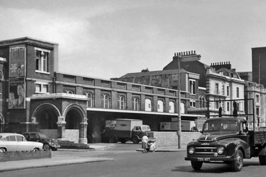An old photo showing the British Railway Parcel Depot and the buildings where the Kray Twins' Double R Club was based