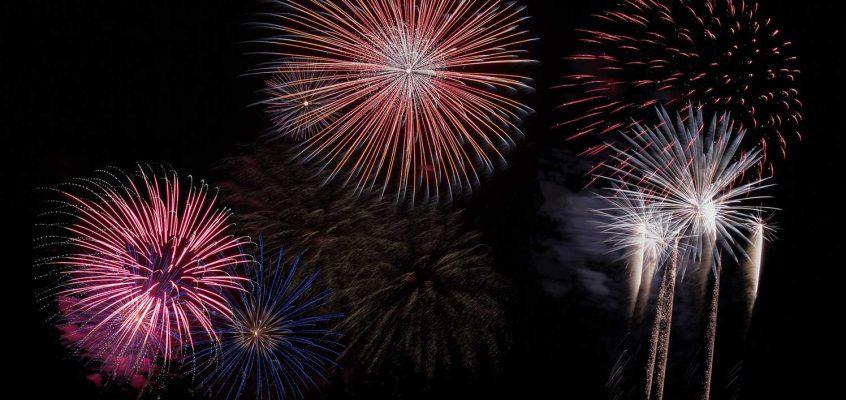 Tower Hamlets Fireworks at Victoria Park