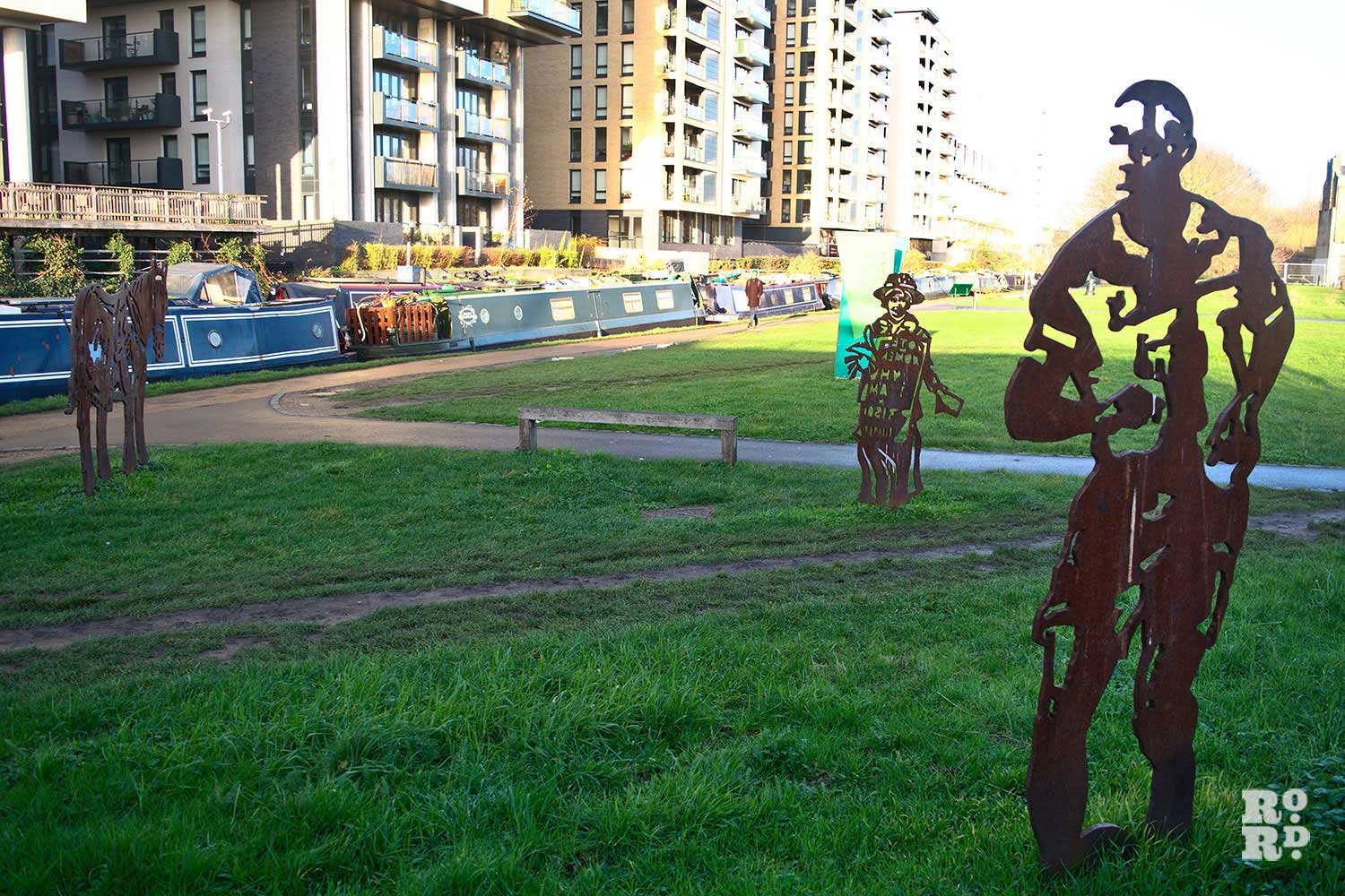 Steel statues in Mile End Park
