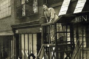 Radical Women of East End walking tour