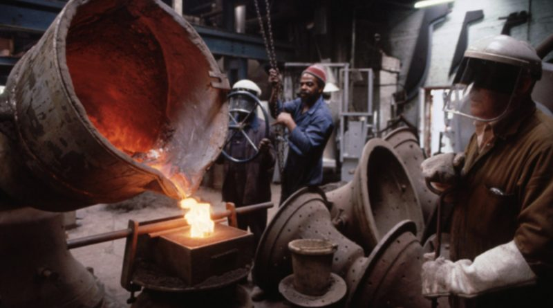 Casting at Whitechapel Bell Foundry, 1997