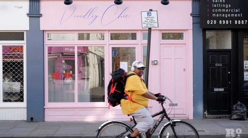 Vividliy Chic Lash boutique Roman Road