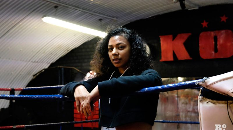 Ruqsana Begum Muay Thai champion at KO Boxing