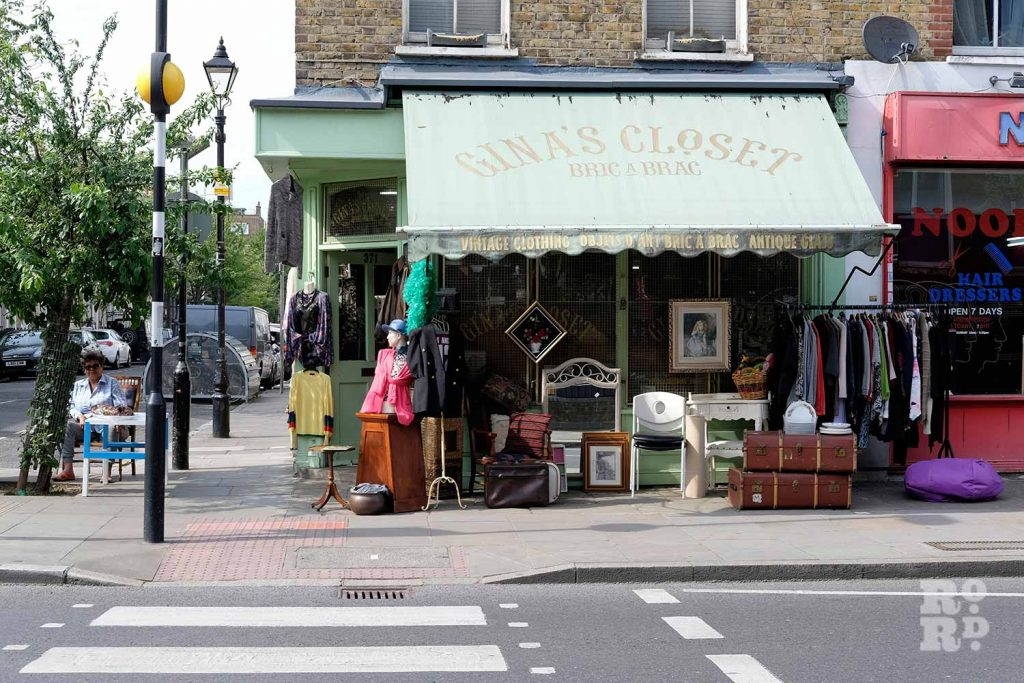 Front of Gina's Closet, vintage shop on Roman Road