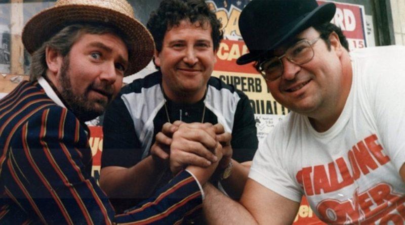 Les Clayden arm wrestles with Noel Edmunds