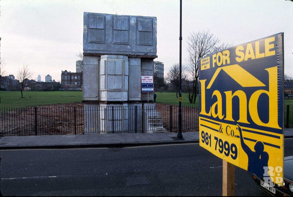 Rachel Whiteread's house For Sale signs