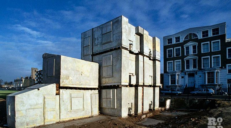 Rachel Whiteread's House on Grove Road in Bow, photo by David Hoffman