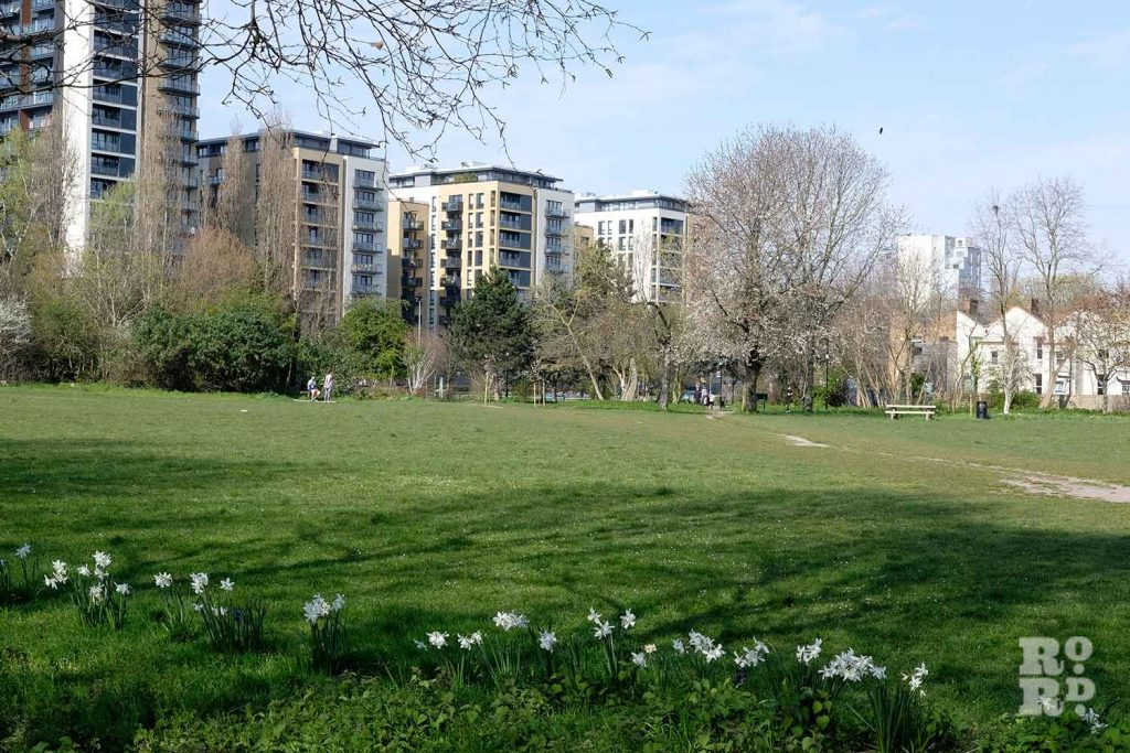 Haverfield Green, Mile End Park, London