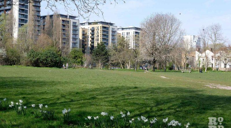 Haverfield Green, Mile End Park, London