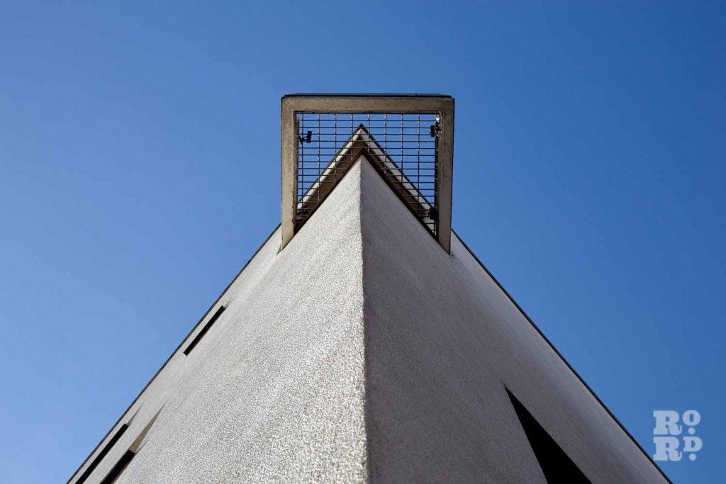 Corner of building detail, Donnybrook Quarter, Bow, East London (photos by Yev Kazannik)