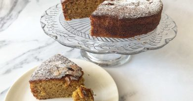 Apple and olive oil cake Tamsin Robinson