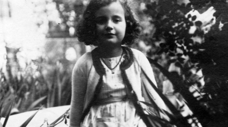 A young Susie Powlesland in 1936