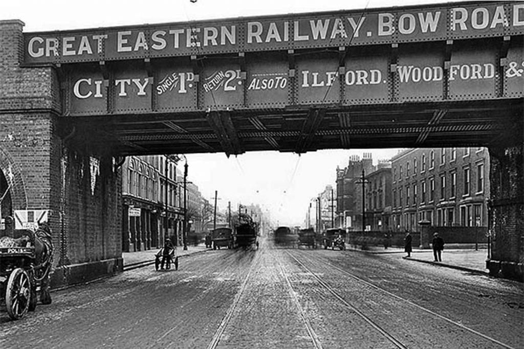 Bow Road Bridge, 1915