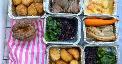 Containers, Sunday Roast takeaway, Empress, Victoria Park Village