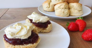 Freshly baked vanilla scone recipe with strawberry jam and clotted cream