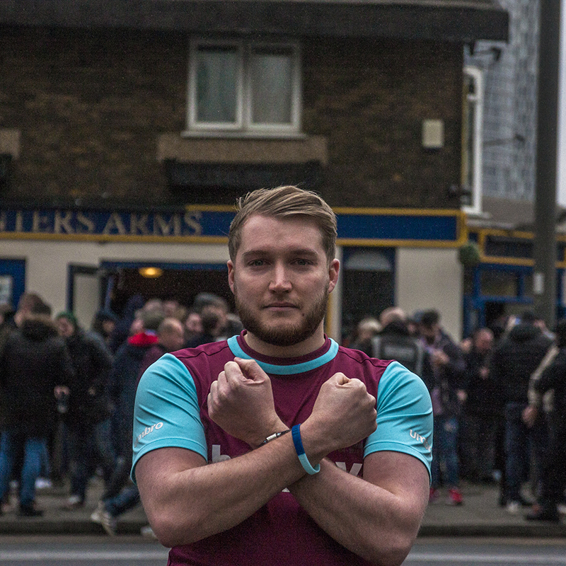 Hammers fan Carpenter Arms pub, Faces of West Ham, photos by José da Luz
