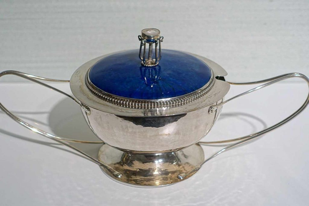 silverware with royal blue lid