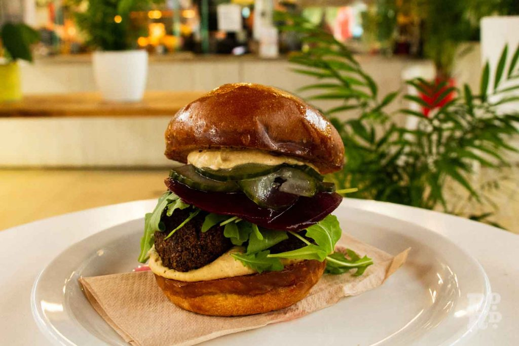 Vegan burger, Hub Cafe Victoria Park London