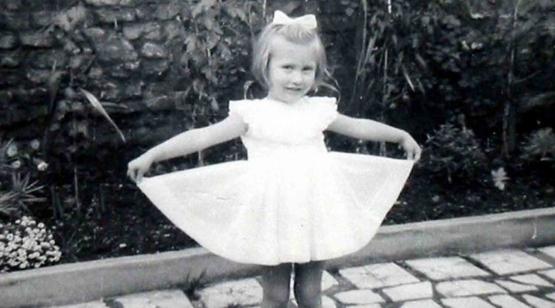 Young linda in the back garden of 40 libra road