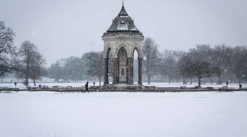 Victoria Park in the snow, East London, 2018