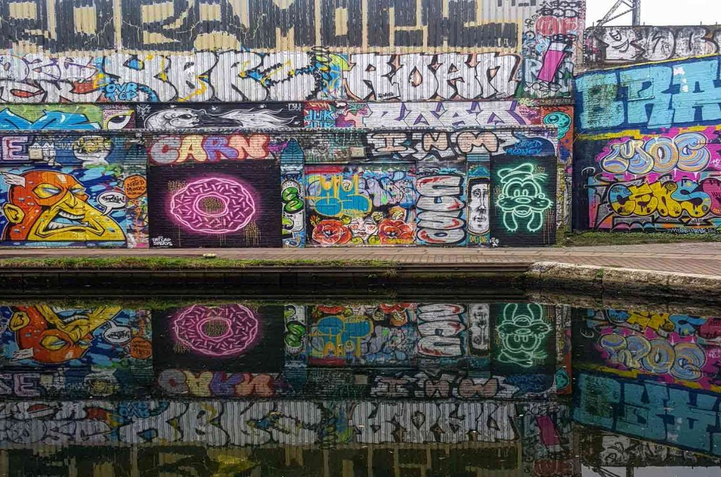 Street art by FatCaps, photo by Hackney Wick Creatives.