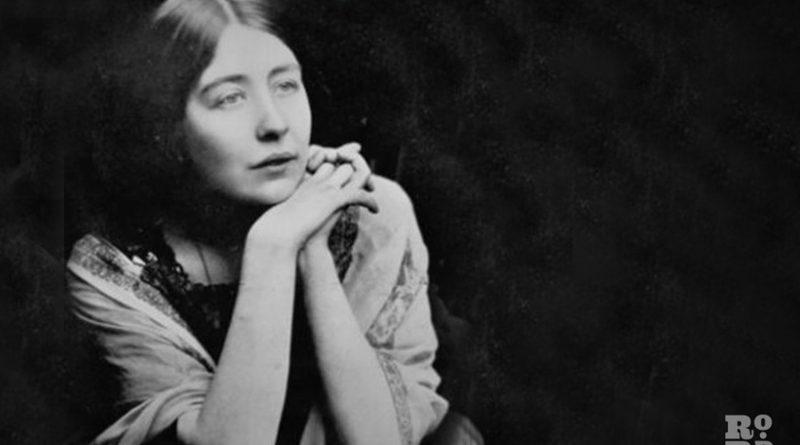 A formal portrait photograph of Sylvia Pankhurst.